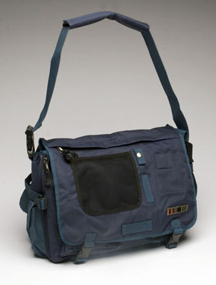 Outdoor Laptop Messenger in Workers Blue/ Dark Skies